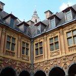 vieille bourse lille - cortile interno 3