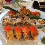 Hvis du liker Sushi, så finner du verdens beste Sushi her på Seasons���� Veldig hyggelig betjeni