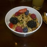 Granola, yoghurt and berries