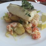 cod with shrimps and leek