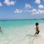 throwing beach sand