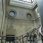 Center stairwell