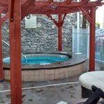 Outdoor hot tub...so relaxing on a cool night!