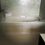 The wonderful Jacuzzi tub! ❤️