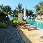 Pool and restuarant area