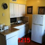 1215 Kitchen