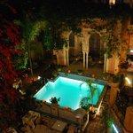 Vista piscina dalla terrazza