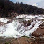Pykara Falls / Lake