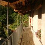 balcone comunicante tra i due appartamenti