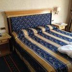 Das Bett im Deluxe-Zimmer