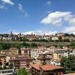 Blick von der Restaurant-Terrasse auf die Altstadt von Bergamo