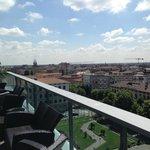 Blick von der Terrasse des Roof Garden Restaurants nach links zur Bergamo Neustadt