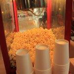Free popcorns!