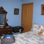 Room 2 (blue room)