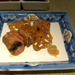 Maki sushi of thinly sliced US sirloin beef