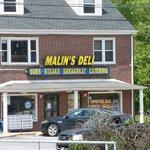 Malin's Deli