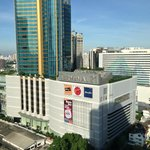 mall opposite hotel
