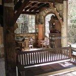 Naburot Lounge