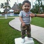 mi hijo divirtiendose