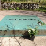 The grave of Jean and Aino