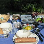 Al fresco breakfast