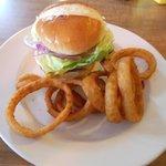 Burger & rings
