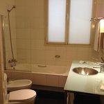 Quatro-Bathroom