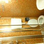 La salle de bain (trop petite!)