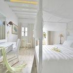 Photo de Petinos Hotel