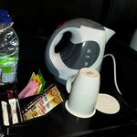 Daily complimentary drinking water, tea and coffe