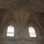 Vista interna do teto de uma das áreas
