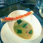 Velouté d asperge et son croquant oeuf de saumon