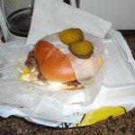 cheeseburger good