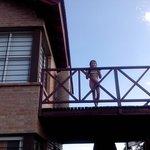 Mi nena en el balcon
