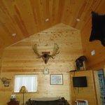 Family room of Gentle Ben Cabin