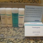 High quality Neutrogena toiletries!