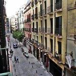 Foto tirada do terraço do apartamento do Hostal Marlasca