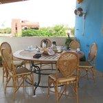 salle à manger sur la terrasse