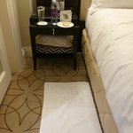 Very nice bed side linen.  Bottled water and cookies were provided every night.