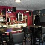 Voici le bar, venez apprécier un espace détente et animé les soir de weekends