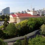Зимний театр с балкона Жемчужины