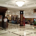 Huge Hotel - Very Spacious Interior