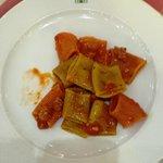 Maccheroncini con briciole di salsiccia di Montalcino e pomodorini