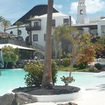 Hôtel El volcan situé à quelques mètres