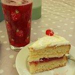 Fizzy Raspberry and Victoria Sponge