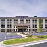 Welcome to Best Western Plus Hanes Mall