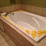 Centennial Suite tub