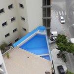 Petite piscine au 4eme étage