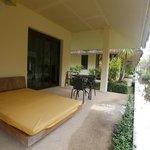 Nantra De Deluxe - Krabi Town - Indonesia - Wandervibes - little patio lounge bed facing inwards