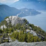 Guided Hikes - Summit the Stawamus Chief